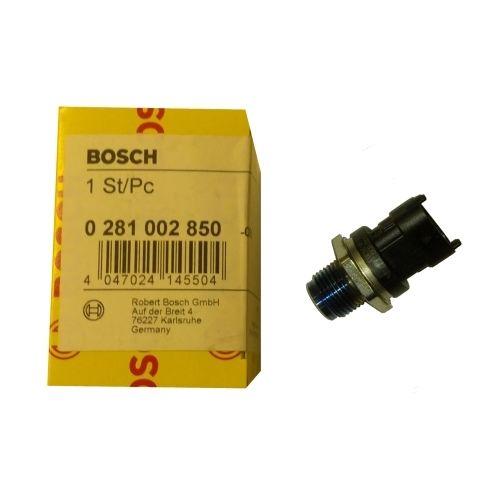 Датчик давления топлива в рампе (рейке) 0281002850 ( 0 281 002 850) Bosch Dodge 6.7L
